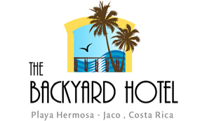 backyard hotel jaco