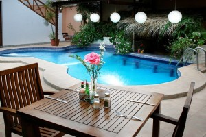 pool daytime_jpg_1024x0